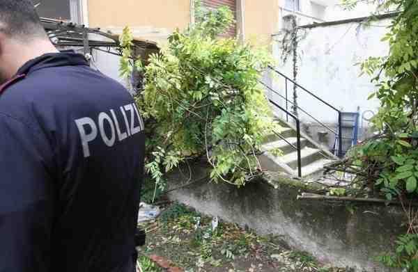 Milano, bimbo di 4 anni cade dal settimo piano: salvo per miracolo